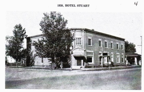 The Hotel Stuart in 1938, across from the Rock Island Railroad Depot.